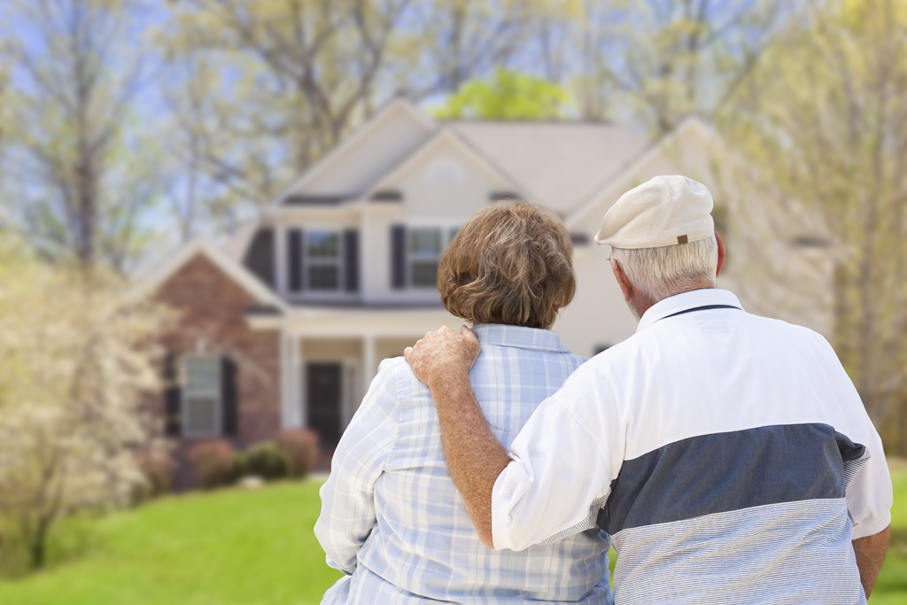 How to Downsize Before Retirement